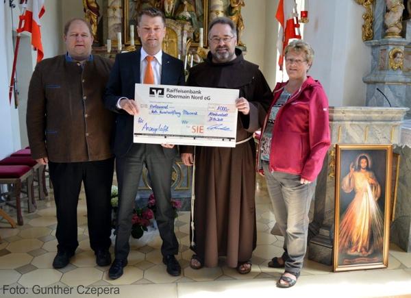 Spendenübergabe, Allerheiligenkirche Maineck, Altenkunstadt