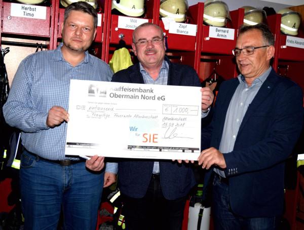 FFW, Altenkunstadt, Übergabe Spendenscheck