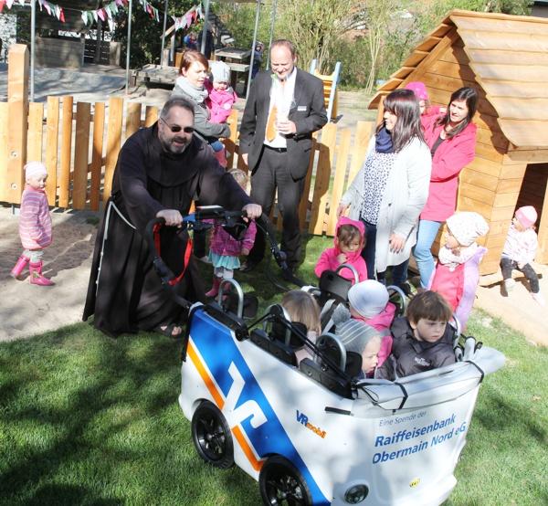 Pater Kosma Rejmer, Kinderkirppe St. Theresia
