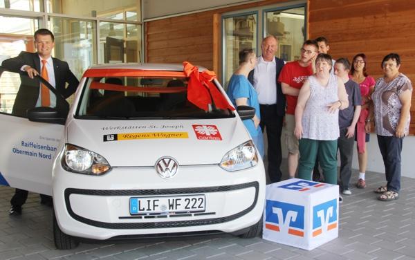 Fahrzeugübergabe, Werkstätten St. Joseph, Raiffeisenbank Obermain Nord