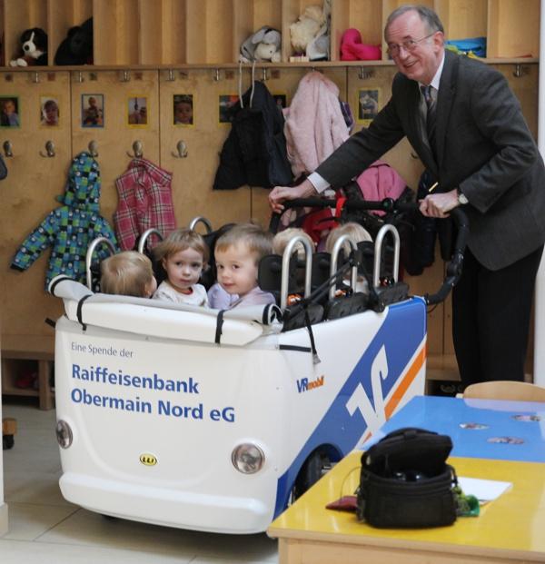 Zentrum für Kinder und Familie, Mainleus, Hans Roppelt, Raiffeisenbank Obermain Nord eG