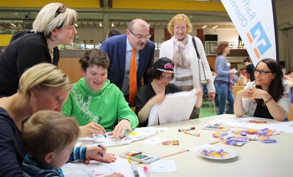 Herr Klein staunte über die Kreativität der jungen Künstler
