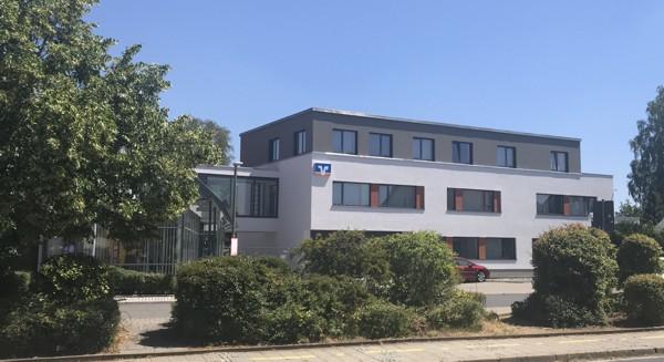 Fassade wurde fertiggestellt und das Gerüst abgebaut (07.2019)