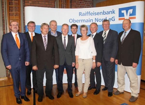 v. links: Ulrich Klein, Thomas Siebenaller, Günter Knorr, Josef Fugmann, Dieter Uschold, Tobias Grünbeck, Monika Petterich, Günther Stenglein, Georg Vonbrunn und Andreas Fugmann